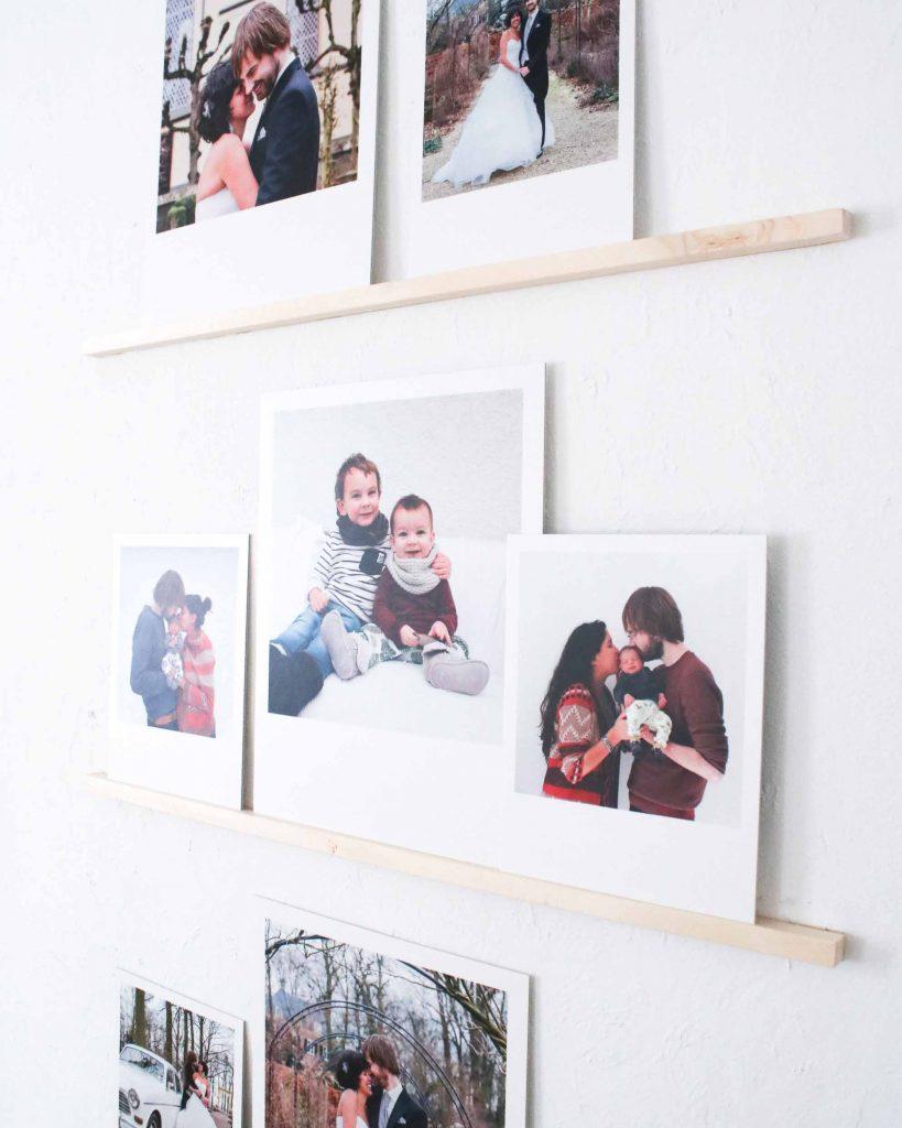 Ben jij op zoek naar een mooie manier om persoonlijke foto's in je interieur te stylen? Deze DIY geeft de oplossing!