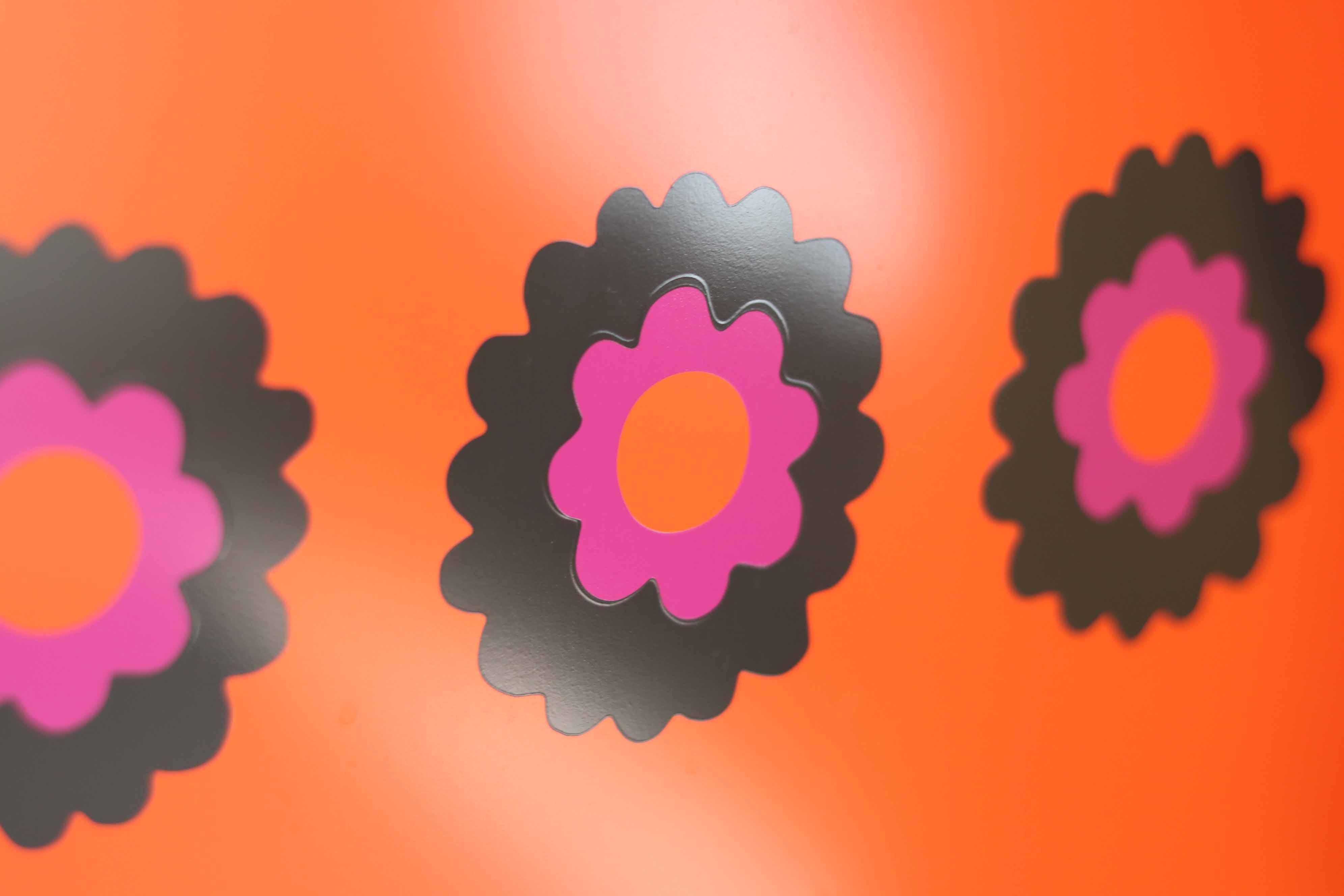 oranje design Brabantia met bloemen retro design