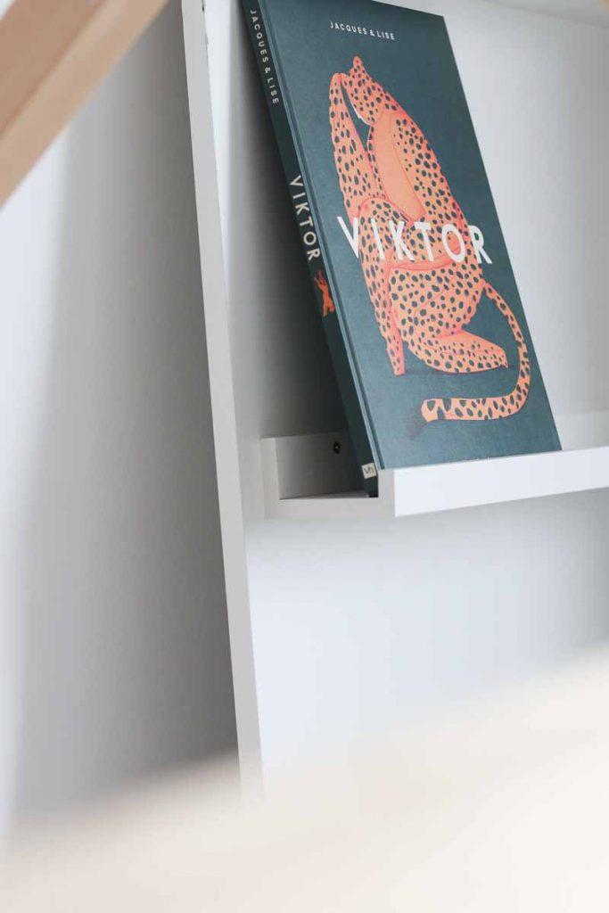 Detail DIY boekenkast kinderkamer
