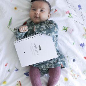 Baby eerste jaar boek